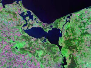 Landsat satellite photo (circa 2000) Source: NASA, public domain.